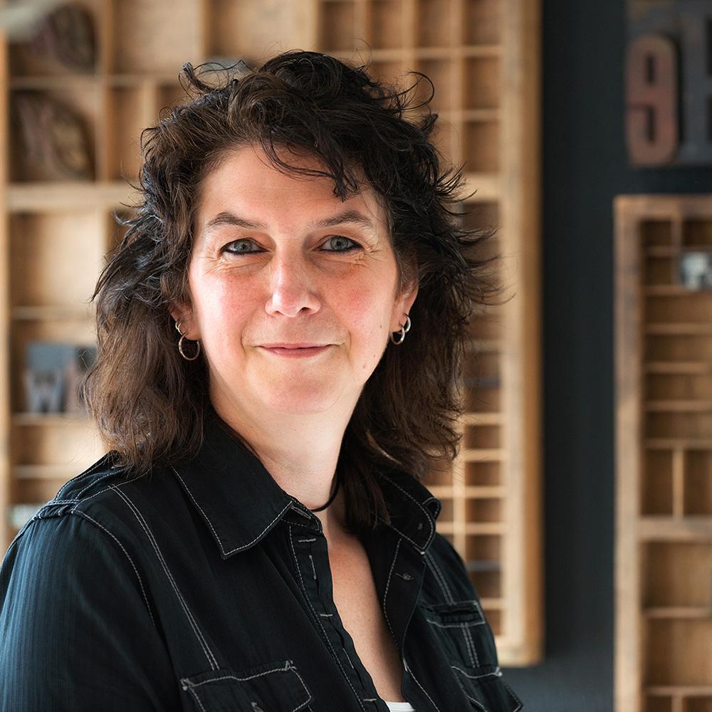Astrid Tanis - Administratief Medewerker